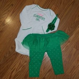 Carter's 🍀St Patrick's Day outfit
